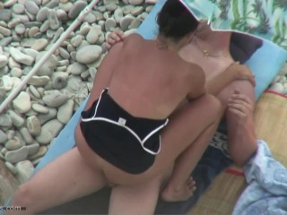 The most good booty on the nudist beach