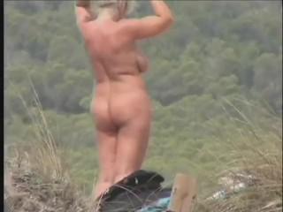 Coccozella - Lola Loves the Beach - Part 2